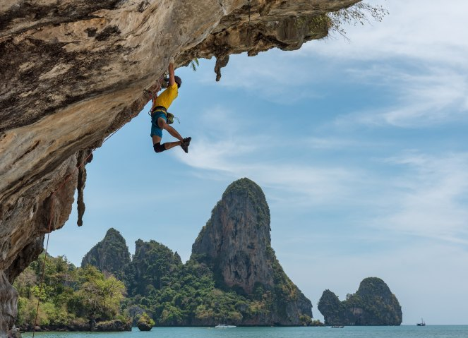 Vivre de sa passion peut sembler dangereux comme l'illustre ce grimpeur